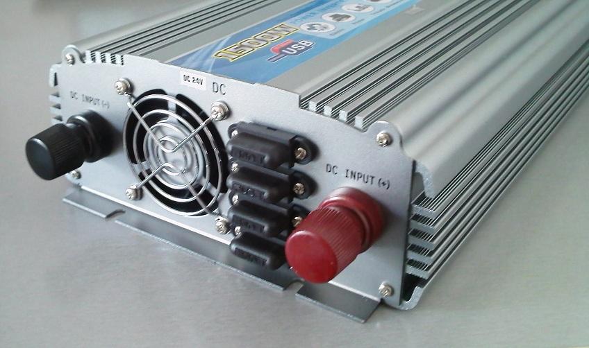 Power Inverter 1500W 24 V DC to 220 V AV
